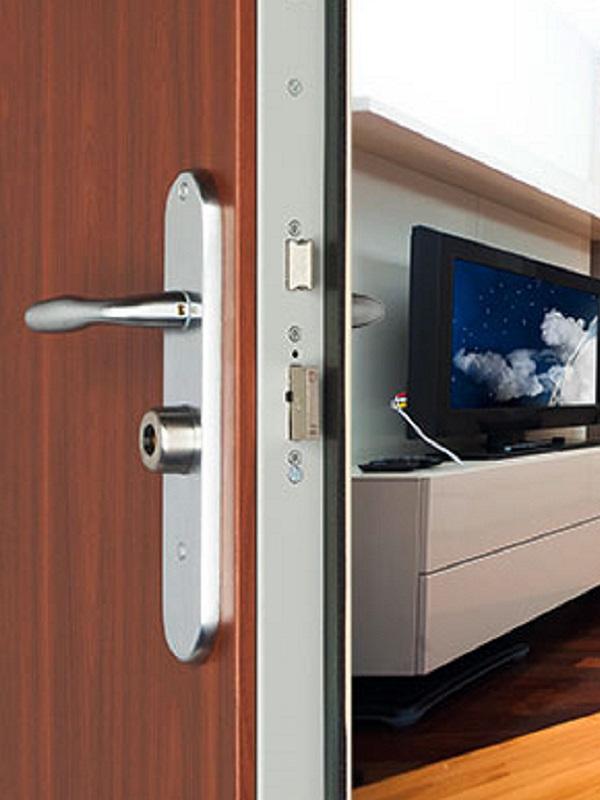 Foxeo s puertas de piso puertas acorazadas point for Puertas para pisos
